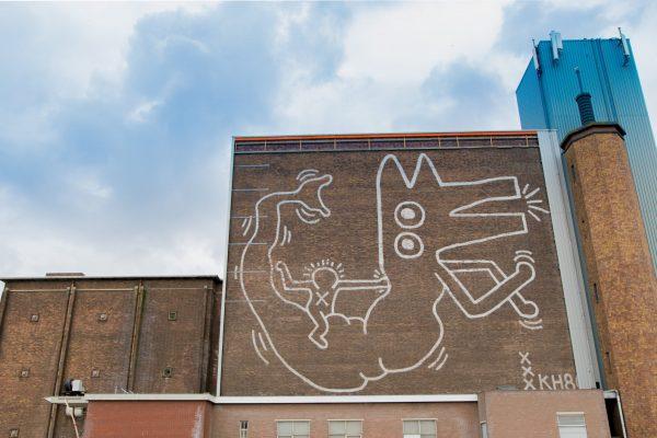 Keith Haring muurschildering, 1986 | Foto: Hanna Hachula. Artwork © Keith Haring // Keith Haring mural, 1986 | Photo: Hanna Hachula. Artwork © Keith Haring